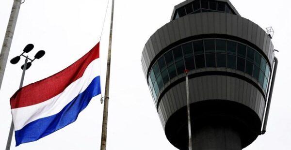 Hollanda 33 ülke haric Cumartesi günü sınırlarını kapatıyor